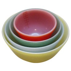 Vintage McKee Glasbake Nesting/Mixing Bowl Set of 4 Primary Colored 1950-60s