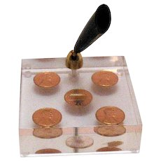 Vintage Desk Top Pen Holder with 1975 & 78 Uncirculated Pennies Encased in Lucite