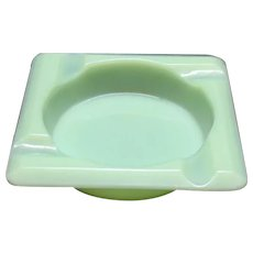 Vintage Anchor Hocking Fire King Jadeite Ashtray 1940s Very Good Condition