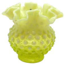 Vintage Rare Fenton Hobnail Yellow Double Crimped Vase 1941-59  Good Condition