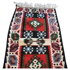 Vintage Native American Floor/Wall Rug Table/Buffet Runner 1960-70s Good Condition