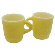 Two Vintage Yellow Stackable Anchor Hocking Fire King Mugs 1950-70s Good Condition