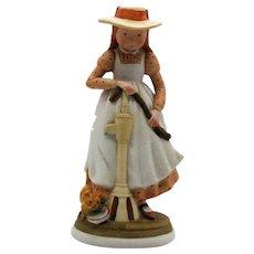 Vintage Holly Hobbie Creation Bisque Porcelain Figurine 1974 Good Condition