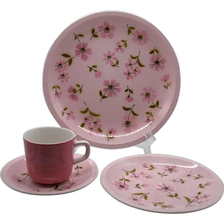 Vintage Mikasa Pastelle Puff Pink Dinnerware 6 Place Settings 1960-74 In Like New Condition