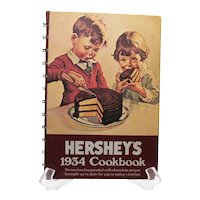 Vintage Hershey's 1934 Cookbook Revised & Expanded 1971 Edition Good Condition
