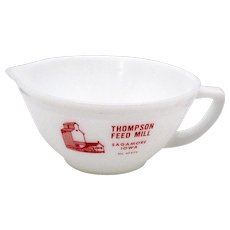 Vintage Advertising Federal Milk Glass Batter Bowl For Thompson Feed Mill Sagamore Iowa Like New Condition