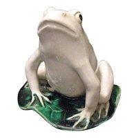 Vintage Large Ceramic/Stoneware Frog Good Vintage Condition