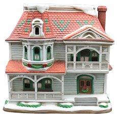 Vintage Lefton Colonial Village Hand Painted Porcelain Fairbank's House #10397-1995 Good Condition