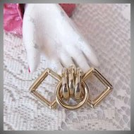 50% OFF Chic Vintage Interlocking Goldtone Metal Brooch Circle Diamond Shape