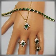 50% OFF Simulated Vintage Emerald Parure Necklace Ring Bracelet Earrings