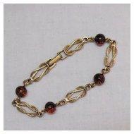 50% Off Vintage Interlocking Avon Swirl Amber Art Glass Bracelet