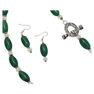 50% Off Vintage Green Glass Crystal Necklace Matching Pierced Earrings Set