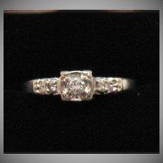 Unusual Find Vintage 14K White Gold Lady America Diamond Ring #990