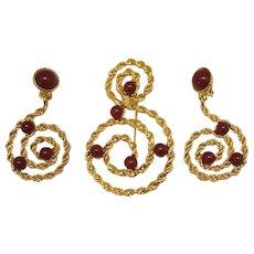 BOOK Very Rare Vintage Faux Carnelian Bold Swirl 1993 Signed Avon Brooch Earrings Set Unworn