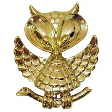 50% Off Adorably Figural Vintage Signed AJC Golden Owl Brooch