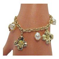 Vintage Mobe Faux Pearl Flower Charm Bracelet Free Shipping