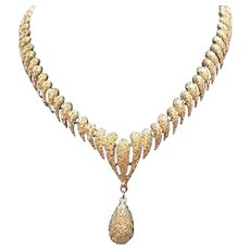 Rare Signed Monet Vintage Heavy Yellow Gold Metal Articulated Tear Drop Necklace