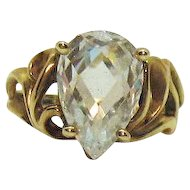 Exquisite Vintage 10K Gold Signed UTO Pear Cubic Zirconia Ring