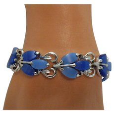 50% OFF Pretty Signed Coro Vintage Periwinkle Blue Thermoset Bracelet