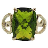 Vintage Bold Green Glass Cushion Cut Costume Jewelry Ring Heart Shank Rhodium Plated