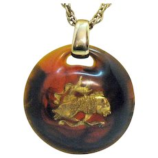 Very Unusual Vintage Root Beer Swirl Lucite Double Fish Head Pendant Necklace