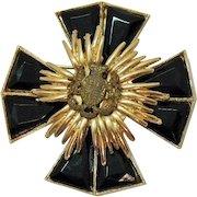 Unusual Signed Accessocraft Maltese Cross Figural Lion Crest Brooch