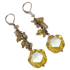 Unique Vintage Floral Shaped Lemon Quarts Dangle Pierced Earrings Unworn