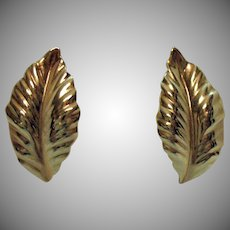Signed Louis Feraud Paris High End Naturalistic Golden Leaf Clip Earrings
