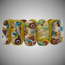 Gorgeous Vintage Art Glass Stretch Bracelet Tiny Infused Hearts