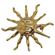 Large Figural Vintage Sun with Smiling Face Golden Metal Brooch