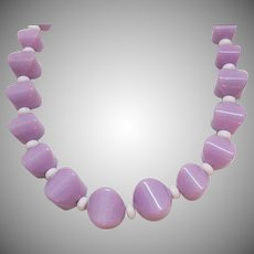 Bold Vintage Lavender Lucite Beaded Necklace