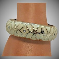 Bold Vintage White Epoxy Hinged Bangle Bracelet