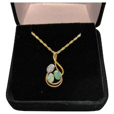 Vintage Italian 14K Gold Chain Fire Opal Pendant Necklace