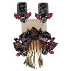 Unusual Signed Schrager Vintage Art Glass Hematite Chain Brooch Clip Earrings Set