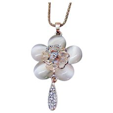 Unique Vintage Pava Rose Glass Moonstone Pendant Necklace