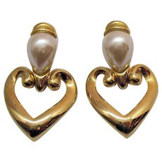 Signed Premier Design Jewelry Vintage Bold Heart Door Knocker Pierced Earrings