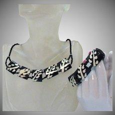Unusual Vintage Black White Bakelite Naturalistic Necklace Bracelet Set