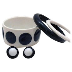 Wide Polka Dotted Lucite Vintage Bangle Bracelet Matching Pierced Earrings