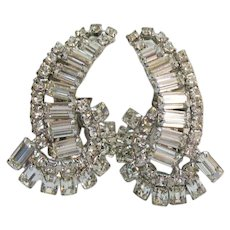 AMAZING Lobe Crawler Baguette Rhinestone Vintage Clip Earrings