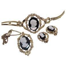 Vintage Unsigned Coro Black White Glass Cameo Parure Necklace Bracelet Earrings Set