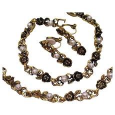 Gorgeous Parure Vintage Necklace Bracelet Earrings Roses Faux Pearls Unworn