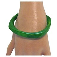 Vintage Green Swirl Translucent Bakelite Bangle Bracelet