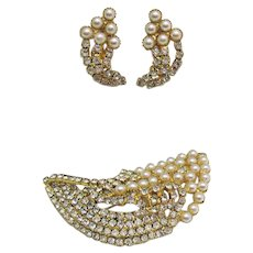 50% Off Bold Vintage Costume Jewelry Faux Pearl Rhinestone Brooch Earrings Set Unworn