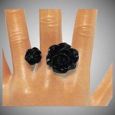 Fun Vintage Floating Lucite Black Roses Ring