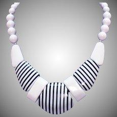 Vintage Black White Laminated Pop Art Chunky Lucite Necklace