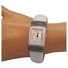 Awesome Signed Geneva Vintage White Lucite Cuff Bracelet Tank Wrist Watch