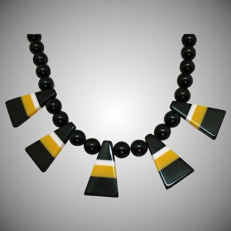 Really Fun Unusual Laminated Lucite Beaded Vintage Necklace