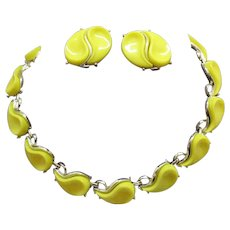 Signed Lisner Vintage Bright Yellow Thermoset Abstract Necklace Earrings Set