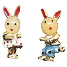 Adorable Jelly Head Figural Moonglow Lucite Rabbit Brother Sister Vintage Scatter Pins