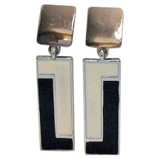 Signed Chico's Vintage Black White Enameled Clip Earrings
